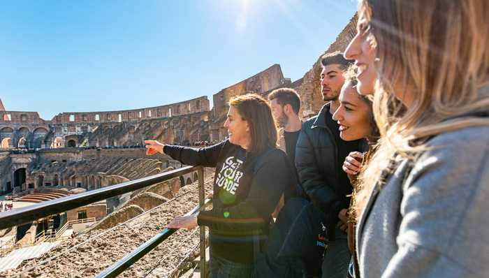 Tour guide in the Colosseum