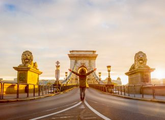 a5b51ddd6c332 Discover the Best Experiences Around the World - GetYourGuide Magazine